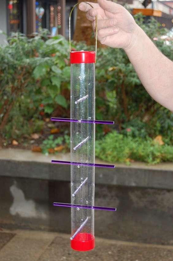 как сделать кормушку из пластиковой трубки