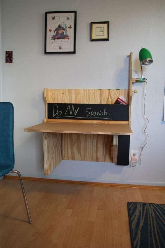 откидной письменный стол